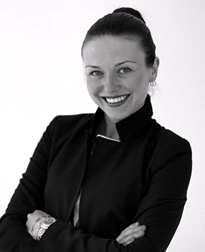 Cosmetic Courses: Photo showing aesthetic trainer Dr Olha Vorodukhina