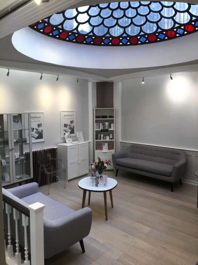 Waiting room Cosmetic Courses London